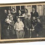 У дома в Бобруйске, 1928 год